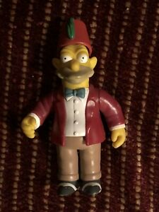 "The Simpsons ""Sunday Best"" Grandpa Simpson Series 9 Action Figure"
