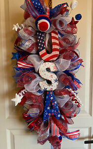Patriotic-USA swag or centerpiece. Free shipping with buy now