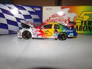 1/24 TERRY LABONTE #5 KELLOGG'S K-SENTIALS 1999 ACTION NASCAR DIECAST