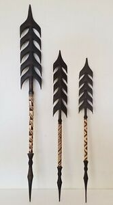 PNG - SET OF THREE RENNEL ISLAND CEREMONIAL SPEARS.
