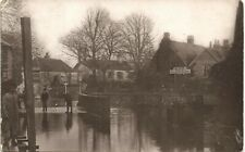 More details for pangbourne flood. sign for george hotel.