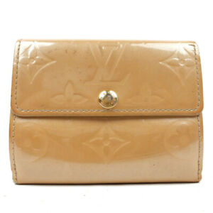 LOUIS VUITTON wallet monogram enamel beige M91320
