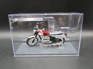 IXO RED TRIUMPH T120 BONNEVILLE  MOTORBIKE 1-24 SCALE MOTORCYCLE MODEL 1967