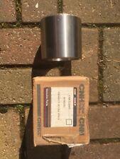 Case loader 621/721/821 Dogbone tilt link Bushing L125957