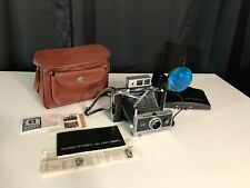 Polaroid Land Camera 250, clean, shutter works, not film tested, fast free ship