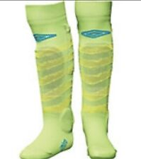 "Umbro Soccer Shin Socks Removable Shin Guards Green Youth Size Xs (Under 3' 6"")"