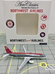 AeroClassics 1:400 Northwest Airbus A320 N338NW