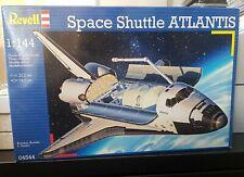 MODEL SPACE SHUTTLE ATLANTIS 1:144  plastic construction model kit MODEL NASA