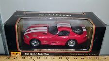 1/18 MAISTO SPECIAL EDITION 1996 DODGE VIPER GTS RED with WHITE STRIPES wd