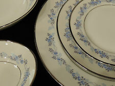 Hutschenreuther China Gelb LHS Bavaria Germany Pasco Chambray 9706 set 12 blue