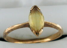 10K YELLOW GOLD RING WITH MARQUISE CUT STONE