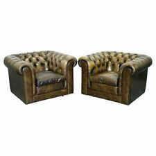 STUNNING PAIR OF VINTAGE CHESTERFIELD LEATHER CLUB ARMCHAIRS FEATHER CUSHIONS