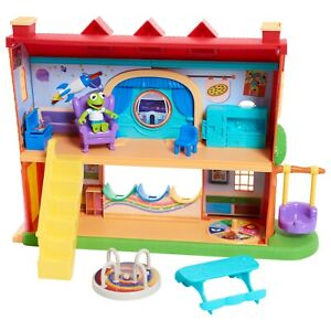 Disney Junior Muppet Babies Schoolhouse Playset with Kermit Figure, Brand New