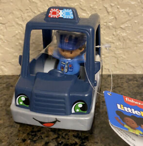 Fisher Price Little People Police Car & Officer NEW
