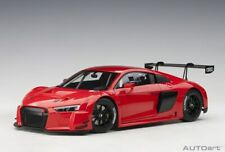 AUTOart 81601 - 1/18 Audi R8 LMS Plain Body Version (red) (composite model/