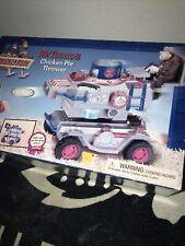 Vtg 2000 Playmates Chicken Run Mr. Tweedy's Chicken Pie Thrower Sealed Box