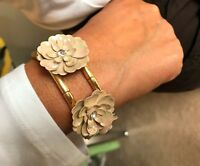 Beautiful Lady Girl Bracelet Gold hued w delicate Flowers  Stretchable