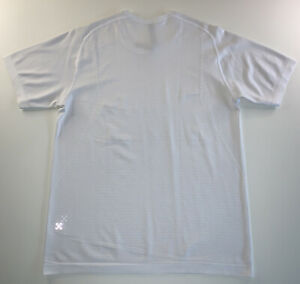 Men's Lululemon Activewear Athliesure 3M Logo Shirt White Size Medium NEW