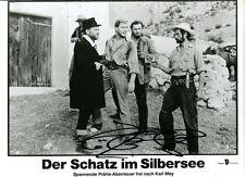 """GÖTZ GEORGE - orig. Autogramm auf Kinoaushangfoto """"Schatz im Silbersee"""" Winnetou"""