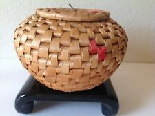 """5"""" x 8"""" Water Hyacinth Woven Ali Baba Basket w/ Lid Two Tone Natural/Red Vintage"""