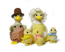 Sylvanian Families Calico Critters Puddleford Duck Family