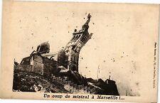 CPA Un coup de mistral á  Marseille! (186160)