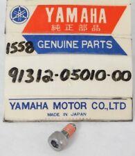 1 NOS Genuine YAMAHA YZF-R1 Gas Tank Cap Bolt Part Hardware OEM 91312-05010 NEW