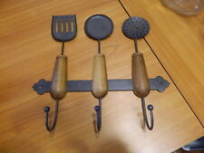 Metal &amp; Wood Spatula Spoon Strainer Kitchen Utensils W/ Wall Coat Pot Pan Hooks<