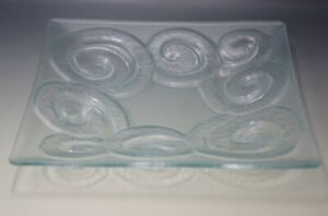 LAUREN BECKER ART GLASS RECYCLED GLASSWORKS TWISTER SQUARE PLATTER 11""