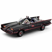 DC Comics TV Replicas Batmobile With Bendable Batman & Robin Vinyl Figures