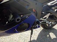 R&G Pair Black Classic Style Crash Protectors for Yamaha YZF-R6 2005