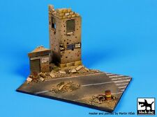 Black Dog 1/72 Middle East Street Section Diorama Base (150mm x 110mm) D72010