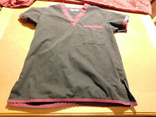 Dress A Med Size XS (0-2) Scrub Top Black/Maroon Trim