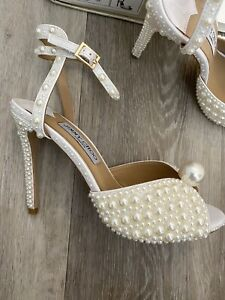 JC Style SACORA 100 White Sandals with Allover Pearls 38 5 Wedding Heels
