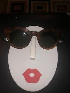 GUCCI SUNGLASSES 0002S 003 46MM HAVANA FRAME RED GREEN ARMS WITH GREEN LENSES.
