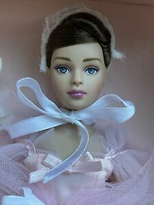 """TONNER 10"""" TINY KITTY COLLIER SHE WALKS IN BEAUTY COMPLETE FASHION DOLL NRFB NIB"""