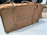 Vintage leather suitcase ( no key) CAPT RJE BAVIN lot MZE030720C