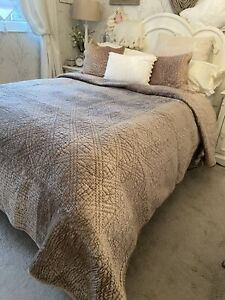 THE WHITE COMPANY Quality Beige Mink Velvet Bedspread Quilt & Cushion Covers