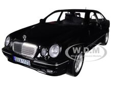 2001 MERCEDES BENZ E320 BLACK 1/18 DIECAST MODEL CAR BY SUNSTAR 1173