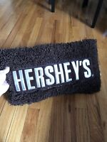 HERSHEY FLUFFY PILLOW PLUSH MILK CHOCOLATE DORM TRAVEL KIDS CANDY