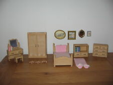 Sylvanian Families TOMY Home Sweet Home Master Bedroom furniture & accessories