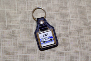 Ford Escort XR3i Mk3 Keyring - Leatherette & Chrome Retro Keytag