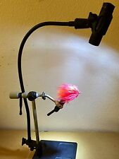 PORTABLE FLY TYING LED LIGHT. FLEX ARM ATTACHES TO VISE STEM. AAA BATTERIES. NEW