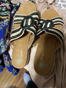baretraps sandals 9