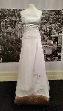 CURRENT Lace up Gown with Fabulous Train, Wedding, Beach Wedding, at only £39.99