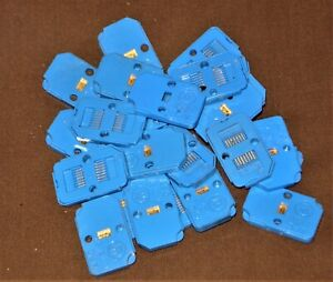 25 Pcs WC227G vintage gold plated Integrated Circuit NOS