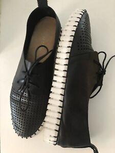 *Diango&Julliette*Women's Shoes,Size 8.5AUS,leather,Black,Preloved Condition
