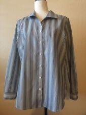 Chicos Long Sleeve Gray White Subtle Metallic Striped Blouse Size 2 (Large) EUC