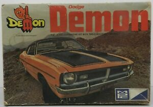 ORIGINAL 1971 DODGE DART DEMON SCAT PACK 71 MOPAR MPC JUNKYARD MODEL KIT