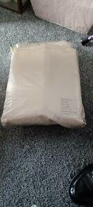 Silk Bed Sheet Set. Brand New